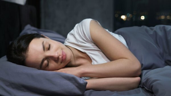 6 Tips On How To Sleep Better At Night Naturally